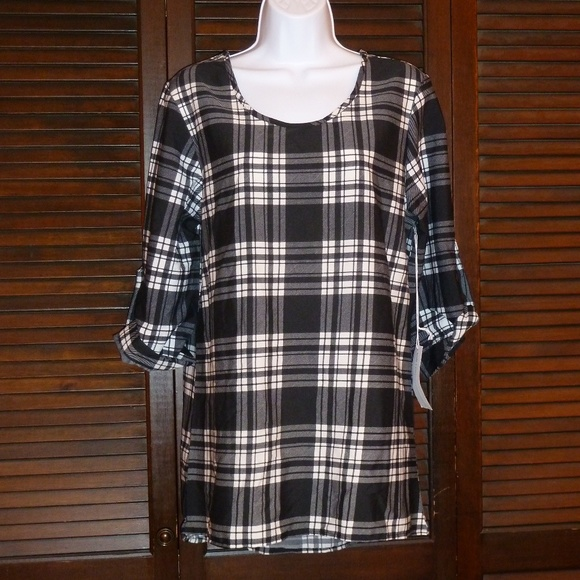 truly 4 you Tops - Black & White Plaid Shirt, Rolled Sleeves, L NWT